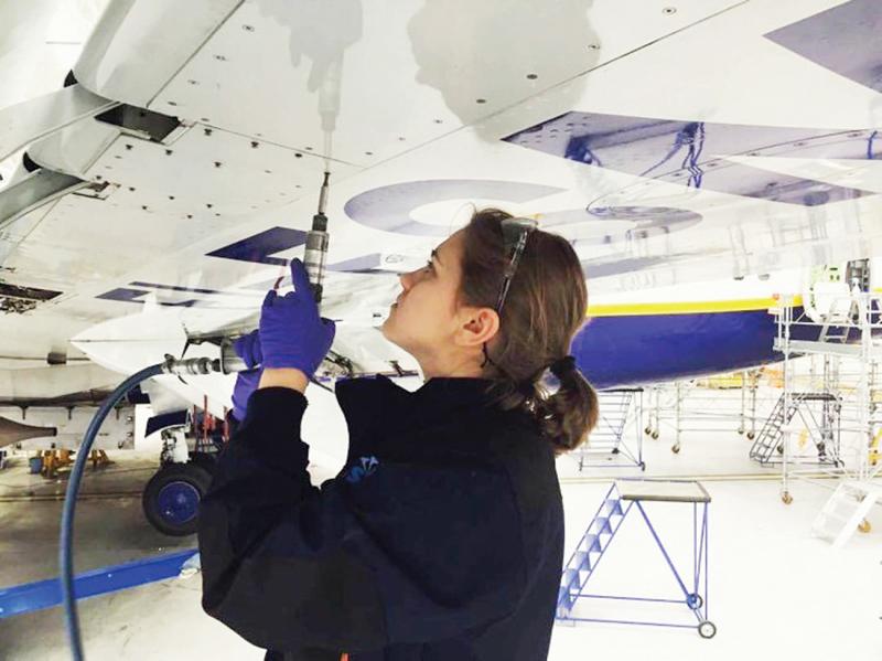 D. Mockevičienė svajojo būti ir lėktuvo pilote.
